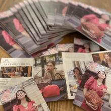 TEAM SABRINA 🐝 - Nous venons de recevoir les catalogues et les dépliants de la nouvelle collection Printemps / Été 2021 que nous allons glisser dans vos commandes. NOUS SOMMES JOIE 🤩 et avons hâte de vous présenter cette nouvelle collection dès fin janvier ⭐️ Poke @chloebechini  - #sabrinaparis #welovesabrinaparis #newcollection #newco #summer2021